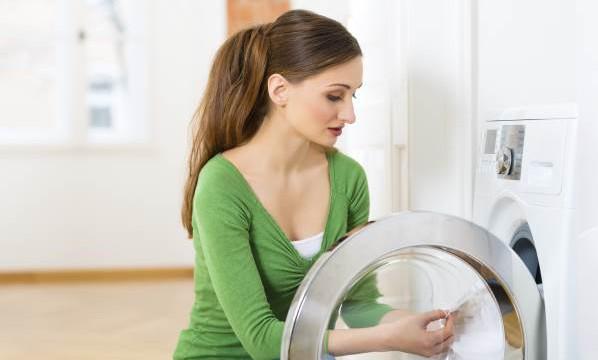 Как почистить стиральную машину от запаха?