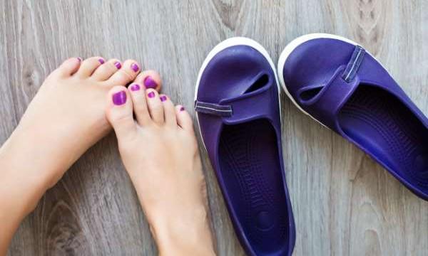 Секреты летящей походки: как растянуть тесную обувь в домашних условиях