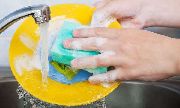 8 рецептов средств для мытья посуды своими руками