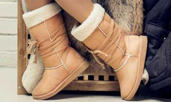 Как устранить неприятный запах из сапог и ботинок?